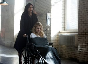 GOTHAM: L-R: Morena Baccarin and guest star Kristen Hager in the ÒWrath of the Villains: A Dead Man Feels No ColdÓ episode of GOTHAM airing Monday, March 7 (8:00-9:01 PM ET/PT) on FOX. ©2016 Fox Broadcasting Co. Cr: FOX.