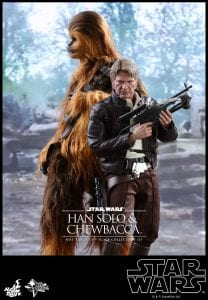 hot-toys-han-chewbacca-7-187474