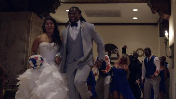 34d7e69b3 Steelers RB DeAngelo Williams Throws a  The Walking Dead  Themed Wedding