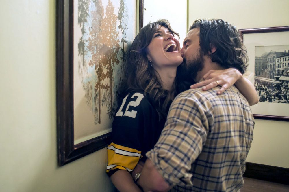 """THIS IS US -- """"The Game Plan"""" Episode 105 -- Pictured: (l-r) Mandy Moore as Rebecca, Milo Ventimiglia as Jack --"""