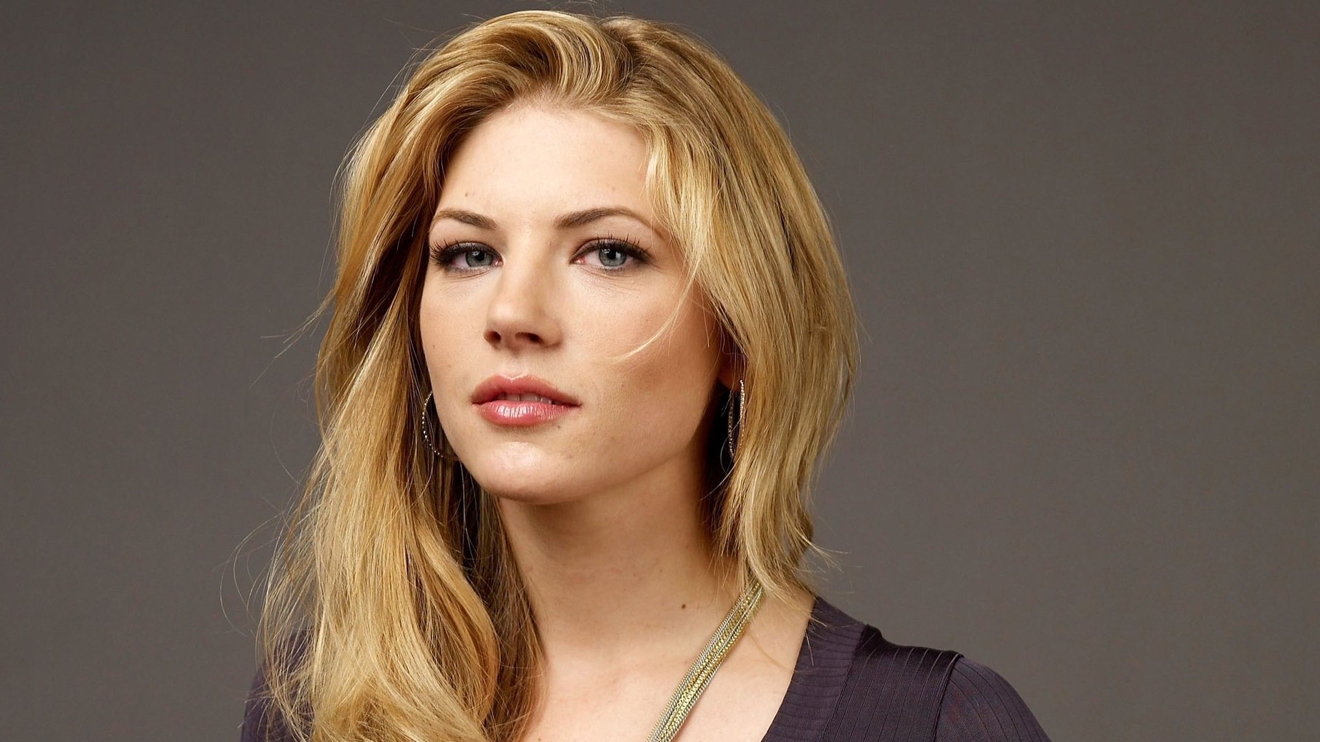5 Best Attractive Hd Android Wallpapers likewise Geograph together with Vikings Katheryn Winnick Addresses Black Canary Fancasting besides NEA1259 in addition Chinese Pottery. on ming green