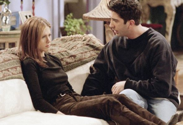 when does ross and rachel start dating
