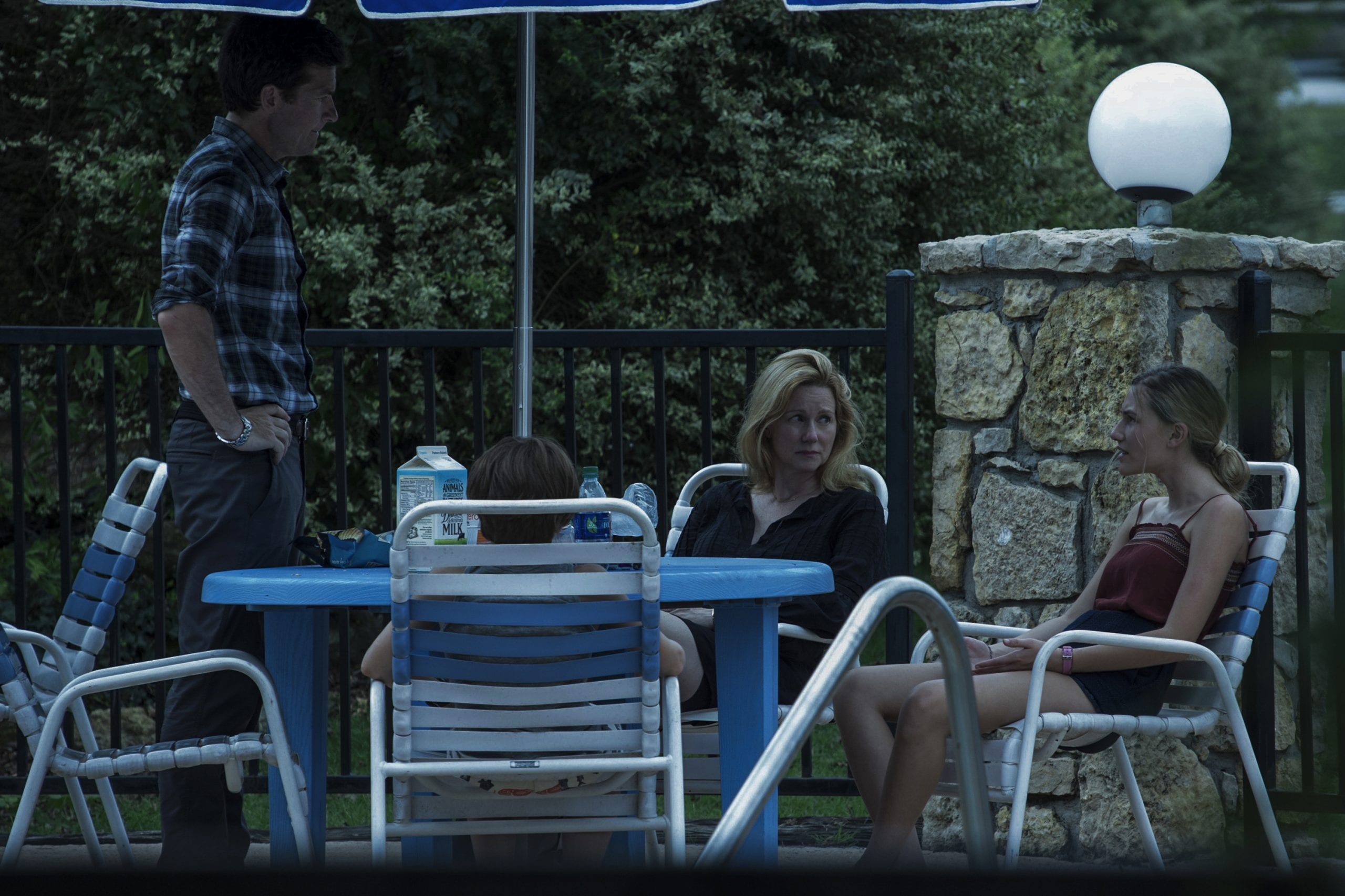 Marty Byrde (Jason Bateman), Jonah Byrde (Skylar Gaertner), Wendy Byrde (Laura Linney) and Charlotte Byrde (Sofia Hublitz) in Ozark season 1 episode 2 Photo credit: Jackson Davis/Netflix