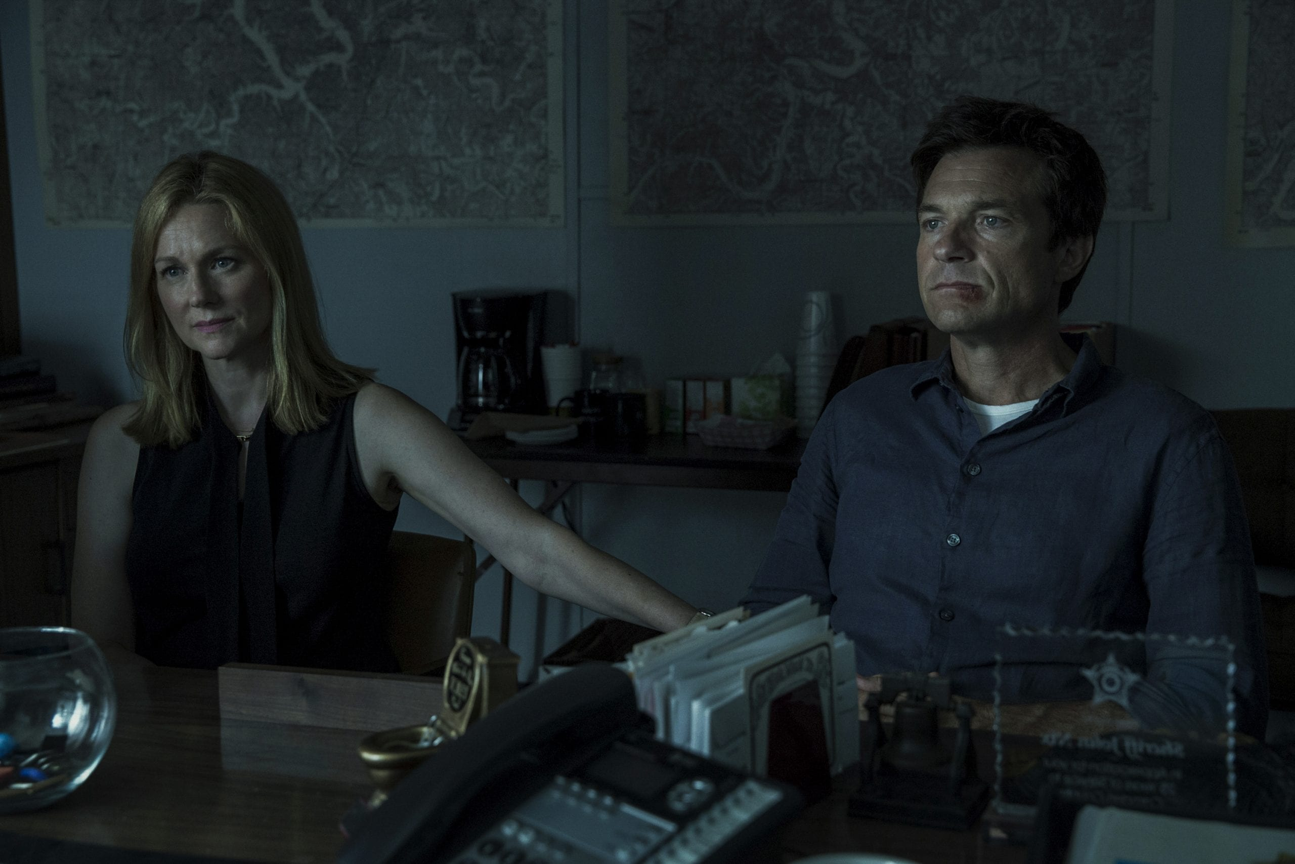 Wendy Byrde (Laura Linney) and Marty Byrde (Jason Bateman) in Ozark season 1 episode 2 Photo credit: Jackson Davis/Netflix