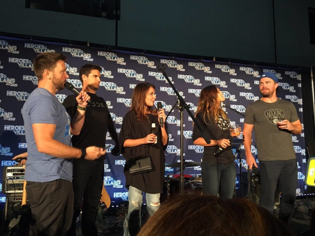 Heroes and Villains Fan Fest, Nocking Point, Stephen Amell, Robbie Amell, Italia Ricci, Arrow