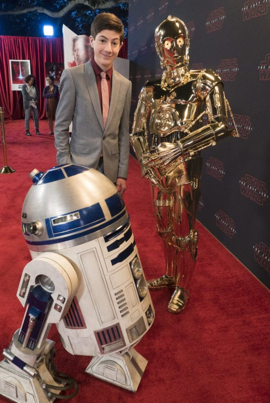 "SPEECHLESS - ""S-T--STAR W--WARS W--ARS"" (ABC/Eric McCandless) R2-D2, MASON COOK, C-3PO"
