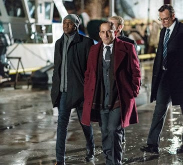 """COLONY -- """"Lazarus"""" Episode 308 -- Pictured: (l-r) Wayne Brady as Everett Kynes, Peter Jacobson as Proxy Alan Snyder -- (Photo by: Daniel Power/USA Network)"""