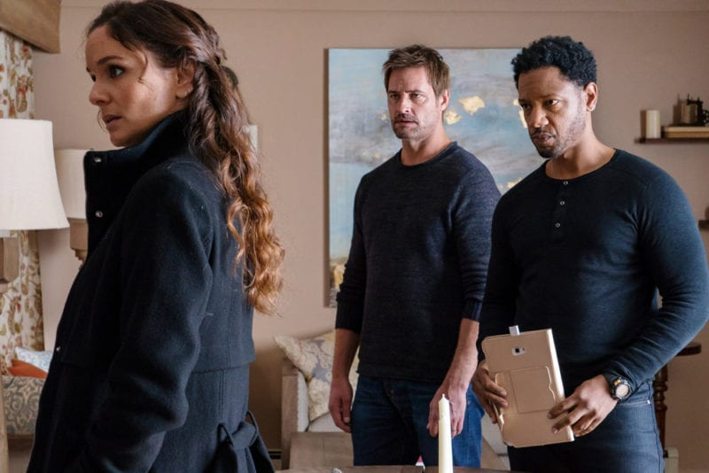 """COLONY -- """"Disposable Heroes"""" Episode 311 -- Pictured: (l-r) Sarah Wayne Callies as Katie Bowman, Josh Holloway as Will Bowman, Tory Kittles as Broussard -- (Photo by: Daniel Power/USA Network)"""