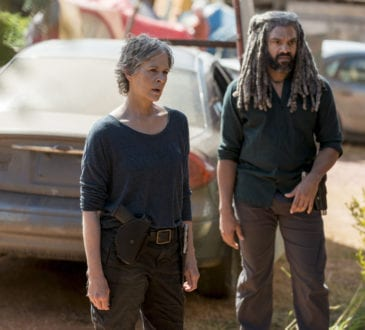 Melissa McBride as Carol Peletier, Khary Payton as Ezekiel - The Walking Dead _ Season 8, Episode 13 -