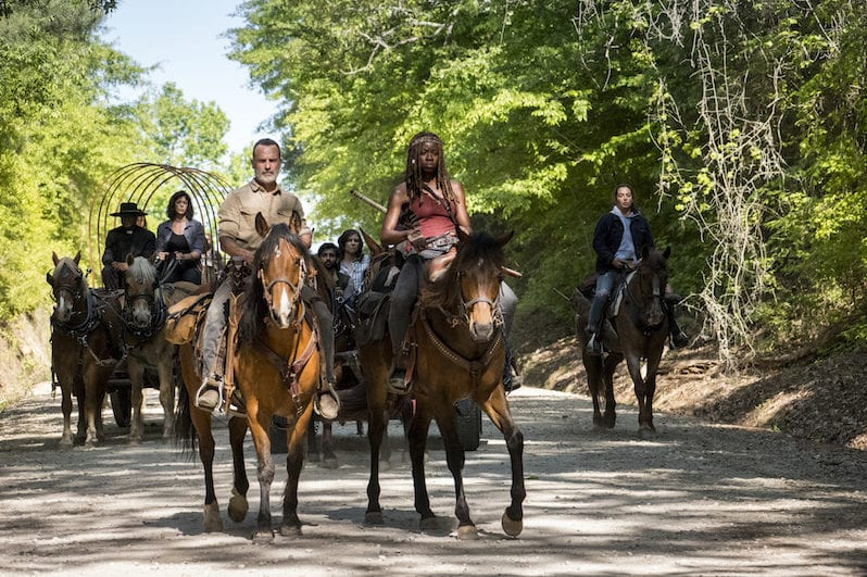 Seth Gilliam as Father Gabriel Stokes, Pollyanna McIntosh as Jadis/Anne, Andrew Lincoln as Rick Grimes, Danai Gurira as Michonne, Alanna Masterson as Tara Chambler - The Walking Dead _ Season 9, Episode 1 -