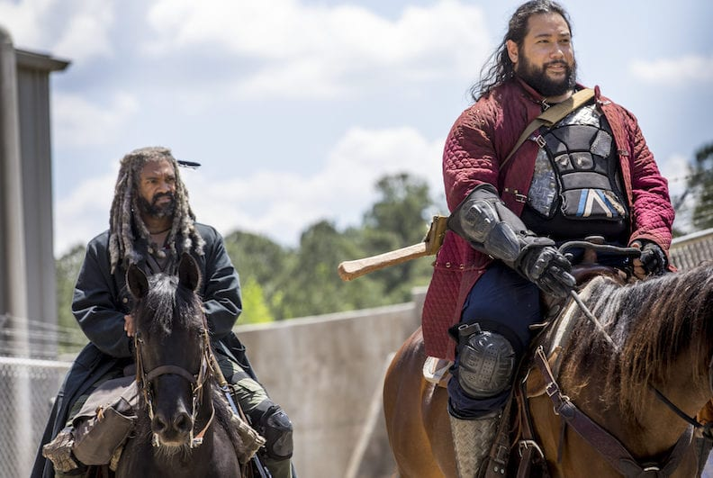 Khary Payton as Ezekiel, Cooper Andrews as Jerry - The Walking Dead _ Season 9, Episode 1 -