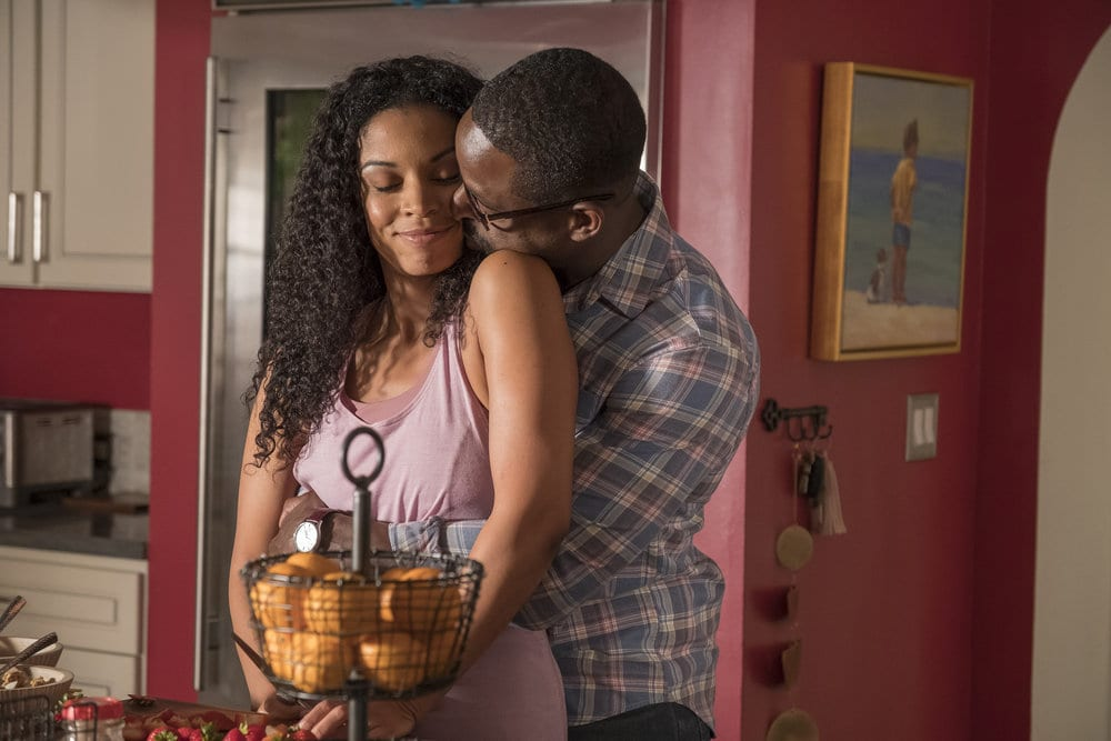 """THIS IS US -- """"Ave Maria"""" Episode 301 -- Pictured: (l-r) Susan Kelechi Watson as Beth, Sterling K. Brown as Randall -- (Photo by: Ron Batzdorff/NBC)"""