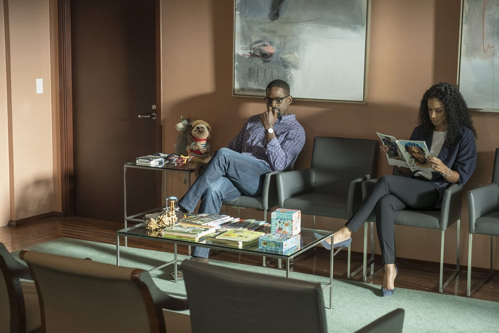 """THIS IS US -- """"Ave Maria"""" Episode 301 -- Pictured: (l-r) Sterling K. Brown as Randall, Susan Kelechi Watson as Beth -- (Photo by: Ron Batzdorff/NBC)"""