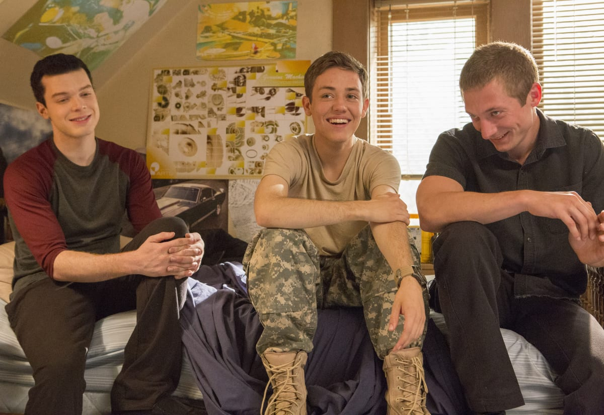 "Cameron Monaghan as Ian Gallagher, Ethan Cutkosky as Carl Gallagher and Jeremy Allen White as Lip Gallagher in SHAMELESS (Season 9, Episode 06, ""Face It, You're Gorgeous""). -"