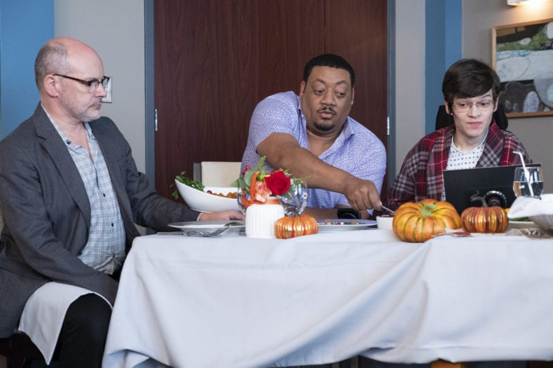 """SPEECHLESS - """"C-E-- CELEBRITY S-U-- SUITE"""" The ABC Television Network. (ABC/John Fleenor) ROB CORDDRY, CEDRIC YARBROUGH, MICAH FOWLER"""