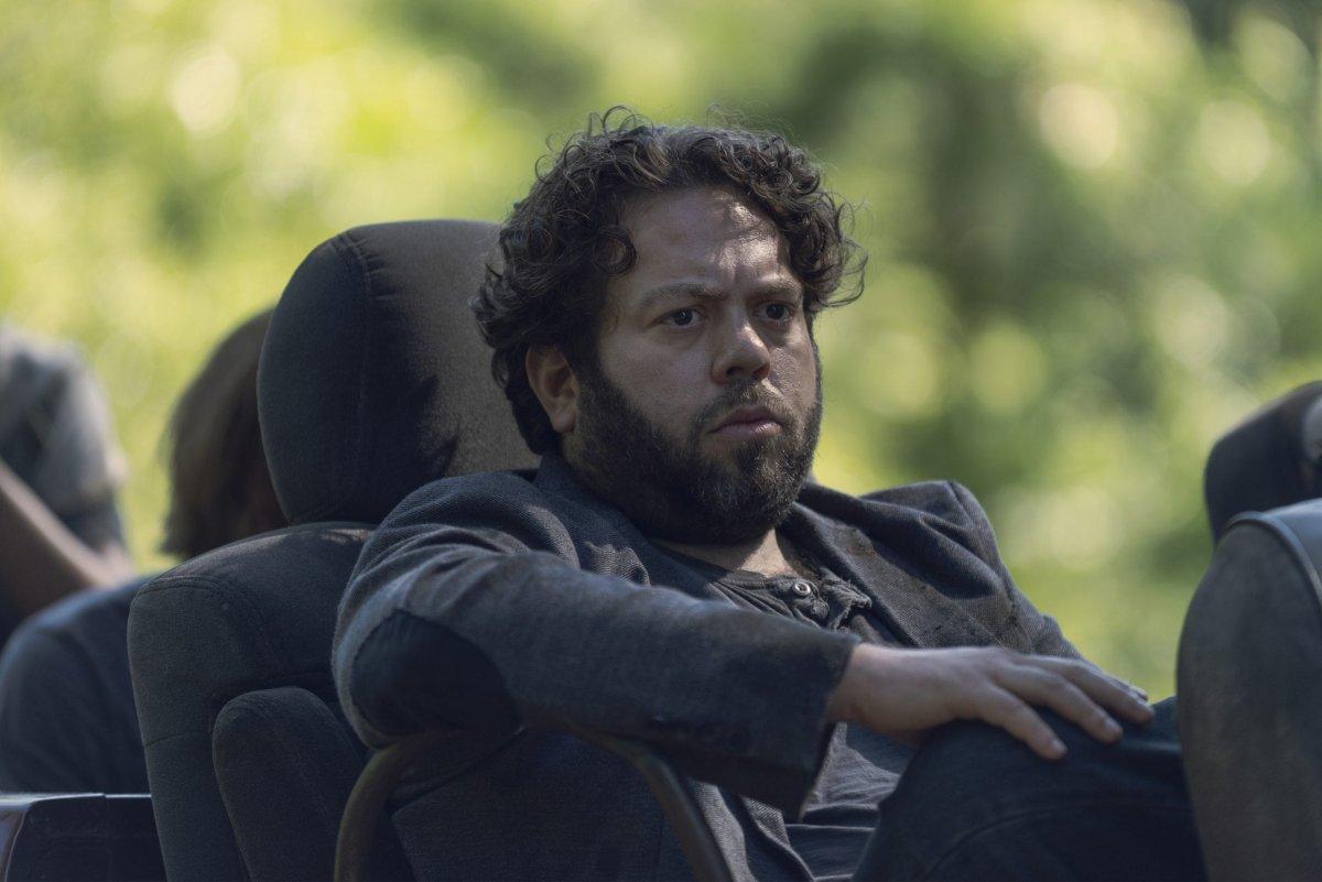 Dan Folger as Luke- The Walking Dead _ Season 9, Episode 7 -