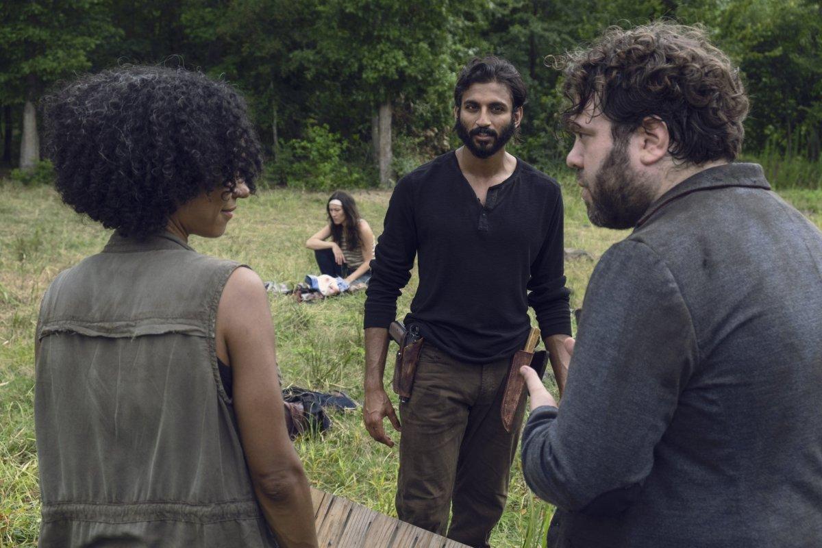 Avi Nash as Siddiq, Lauren Ridloff as Connie, Dan Folger as Luke- The Walking Dead _ Season 9, Episode 7 -