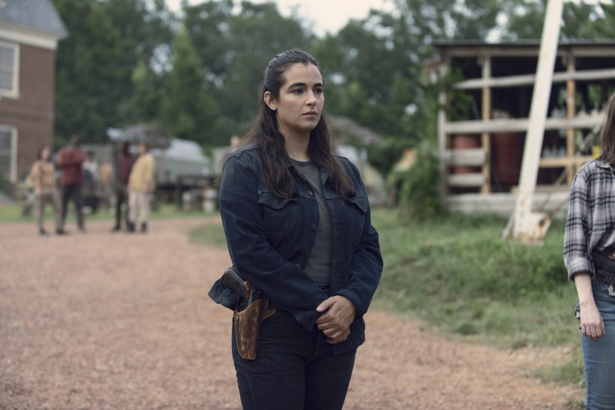 Alanna Masterson as Tara Chambler- The Walking Dead _ Season 9, Episode 8 -