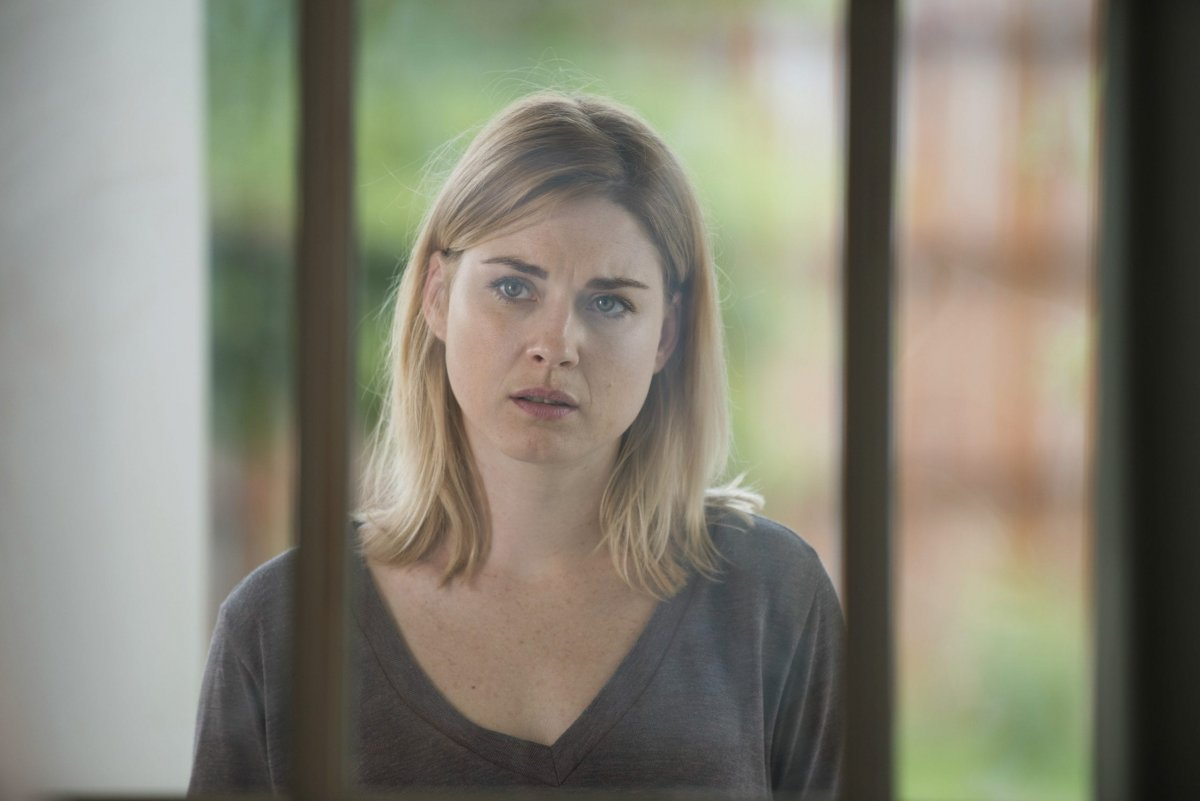 Alexandra Breckenridge as Jessie Anderson - The Walking Dead _ Season 6, Episode 5 -