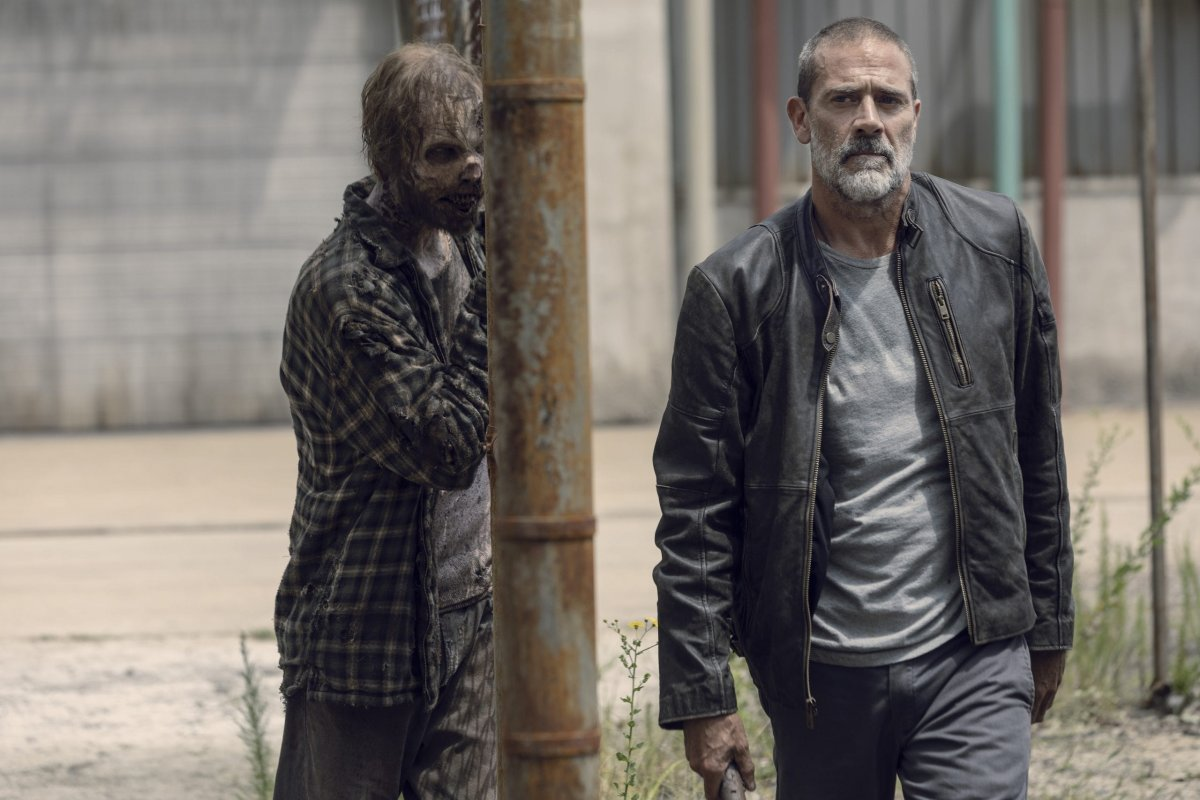 Jeffrey Dean Morgan as Negan - The Walking Dead _ Season 9, Episode 9 -